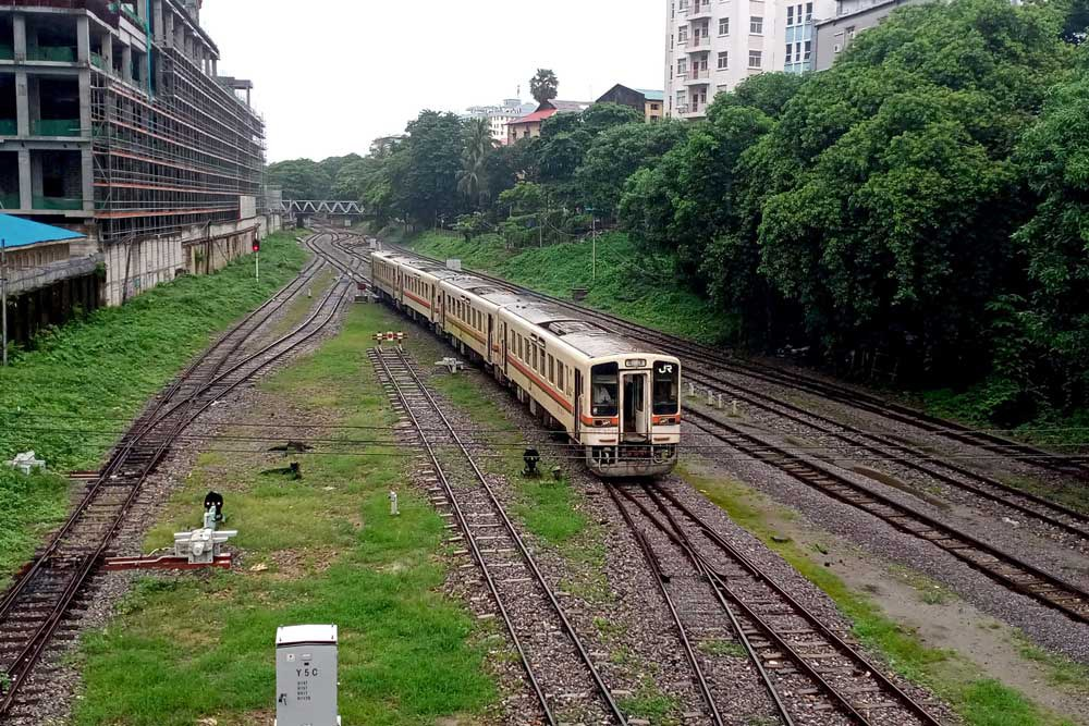 Before the coup, tens of thousands of passengers rode Yangon's commuter trains each day. (Myo Min Soe/RFA)