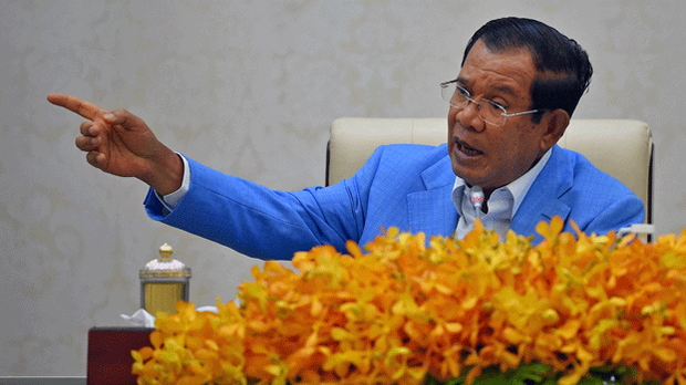 Cambodia's Prime Minister Hun Sen speaks to the media during a press conference at the Peace Palace in Phnom Penh, April 7, 2020.