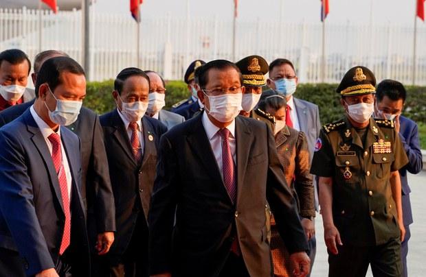 Cambodia's Hun Sen Isolates Phnom Penh and Takhmao After Citizens Ignore Lockdown Order
