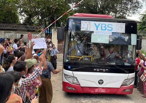 More than 30 journalists still held in Myanmar following prisoner release